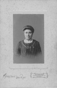 annemievanrijn_1912